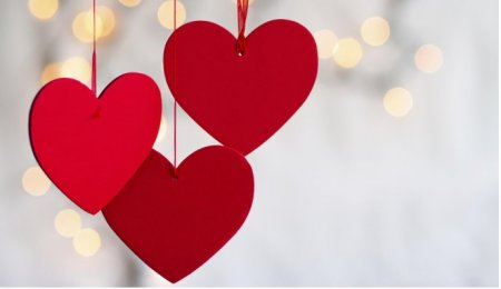 6761_Three-red-hearts-symbol-of-love